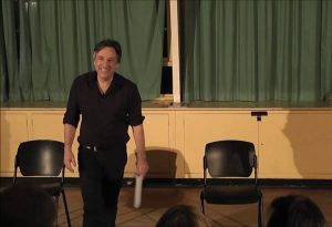 Le professeur Philippe Castaing en cours.